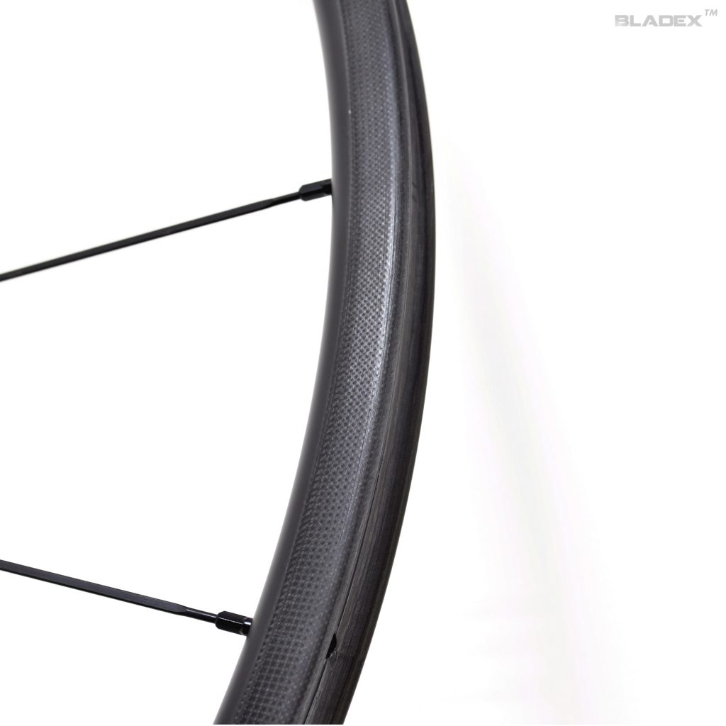 700c wheels - 3K surface